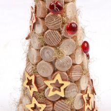 Le ghirlande e le corone per l'Avvento e per Natale: materiali naturali e di recupero