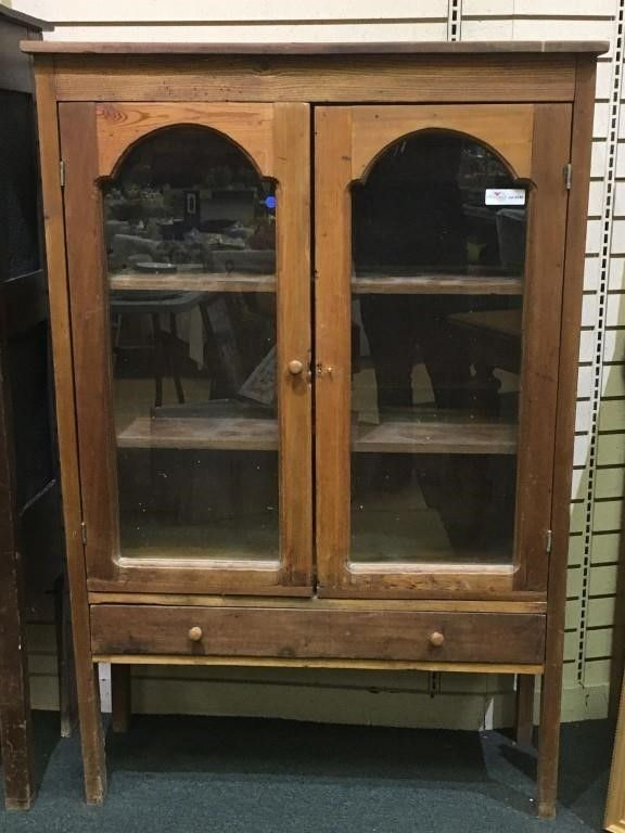 Multi Wood Poplar And Pine Kitchen Cabinet With For Auction Glass Doors Over Single Drawer 57 X 38 X 14 Pine Kitchen Cabinets Pine Kitchen Kitchen Cabinets