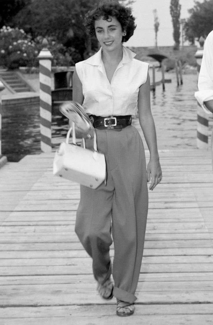 Elizabeth Taylor's 50's style is envious to say the least! // #streetstyle #beauty #icon 50s pants trousers movie star street