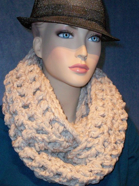 Hey, I found this really awesome Etsy listing at https://www.etsy.com/listing/223895526/infinity-scarf-crochet-infinity-scarf
