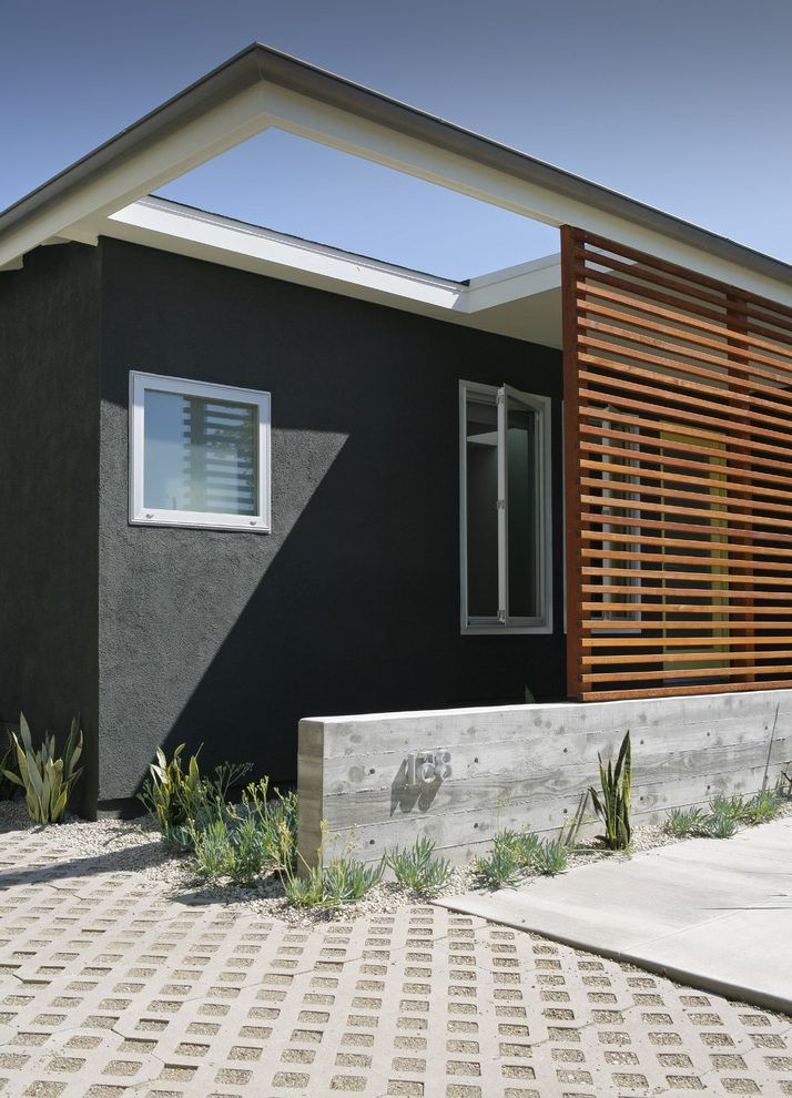 Front Entrance Privacy Screen Entry Modern With Flat Roof