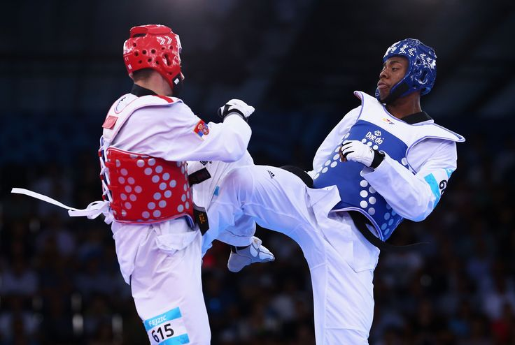 Lutalo Muhammad in action on his way to securing a Bronze Medal in the #Baku2015 Men's -80KG Taekwondo. #GoTeamGB