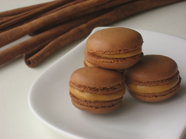 Macarons de lúcuma y dulce de leche