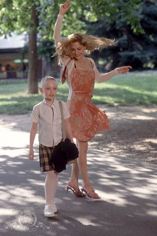 Brittany Murphy and Dakota Fanning in Uptown Girls: I loved this movie, I miss Brittany Murphy...one of a kind...xx