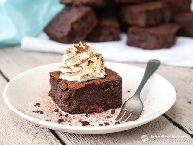 Keto Chocolate Cake Recipe With Almond Flour: 17 Best Ideas About Keto Brownies On Pinterest