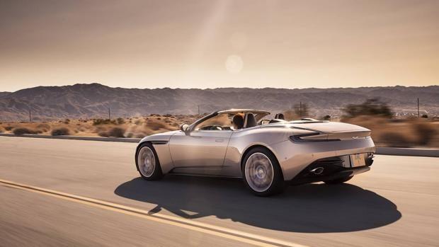 DB11 Volante: el retorno del icónico descapotable de Aston Martin http://www.abc.es/motor/novedades/abci-db11-volante-retorno-iconico-descapotable-aston-martin-201710131800_noticia.html