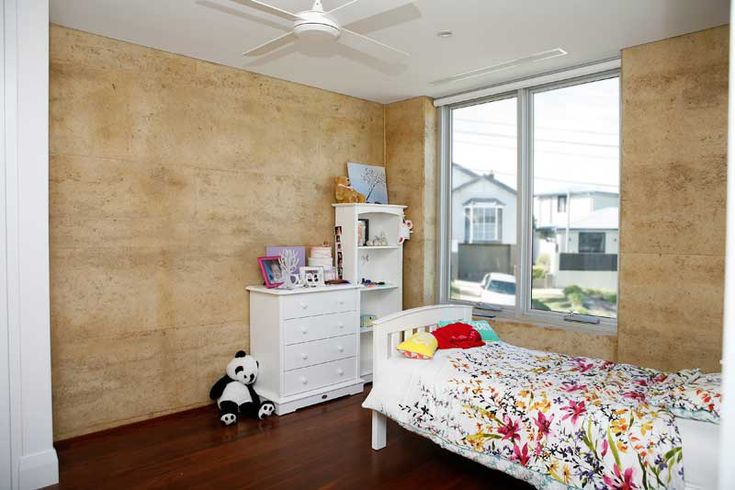 Rammed Earth Coogee House - child's bedroom