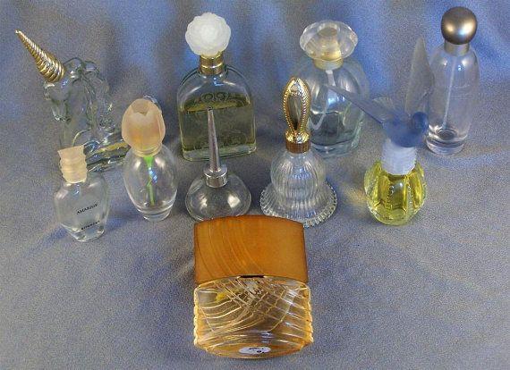 Lote de 12 botellas de Perfume de Colonia / / contenedores / / dispensadores / / decorativos / / coleccionables / / colección de 10 / / + 2 añadido / no muestra