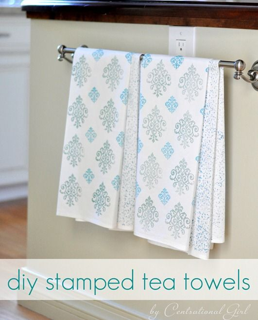 "Hand Stamped Tea Towels using Martha Stewart""s Multi Surface Paint + Tintable Paint Medium. Result is a washable tea towel. Full Step-by-Step Tutorial.: Tea Towels, Gift Ideas, Teas, Stamped Tea, Craft Ideas, Diy Projects, Crafts"