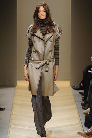 Akris Fall 2005 Ready-to-Wear Fashion Show - Monica (METROPOLITAN)