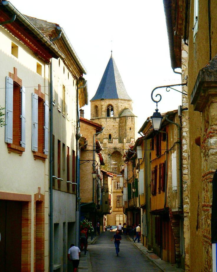 Soreze, France. #soreze #france #carcassone #toulouse #french #countryside #town #village #church #streetphotography #street #alley #summer #travel #holiday #instapic #travelgram #instatravel #canon #canonphotography #canon_photos #photooftheday #wanderlust #photographer #europe #hotel #houses #architecture #lamp #window