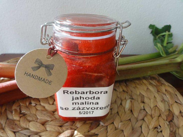 Rebarborový džem se zázvorem a malinami   recept. Rebarbora neboli reveň je velmi stará kulturní rostlina. První zmínky o