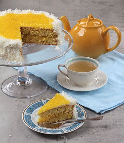 Pineapple-Coconut Sponge Cake