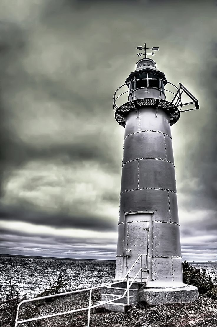 lighthouse clipart | Kings Cove Lighthouse NL by *Witch-Dr-Tim on deviantART