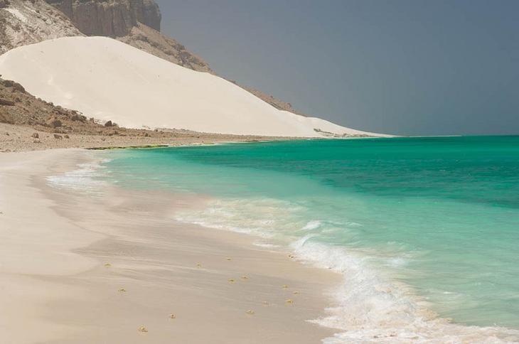 Пляж на острове Сокотра.