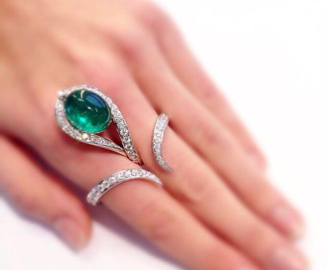 Bague Scavia en diamant et émeraude
