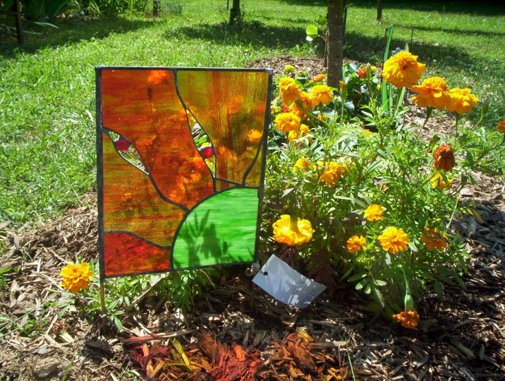 Stained Glass Garden Art.  From feralglass.com: Stained Glass