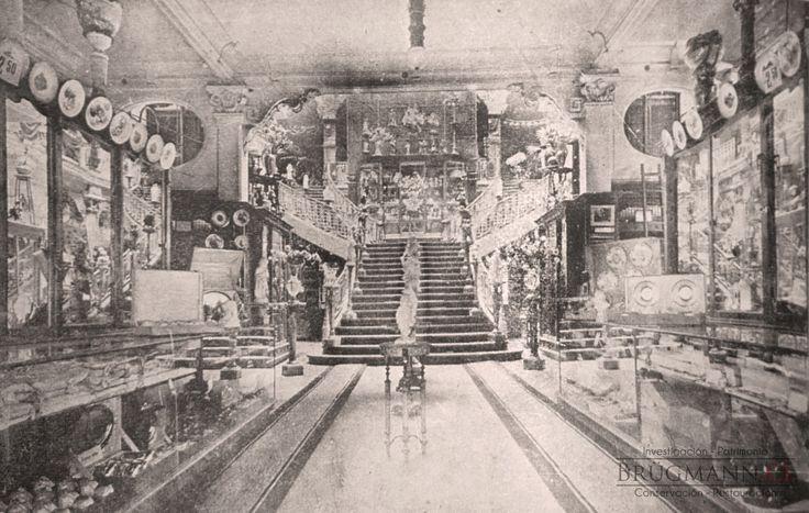 Escalera Central de la Tienda Gath & Chaves de Santiago. En revista Zig Zag, 1912.