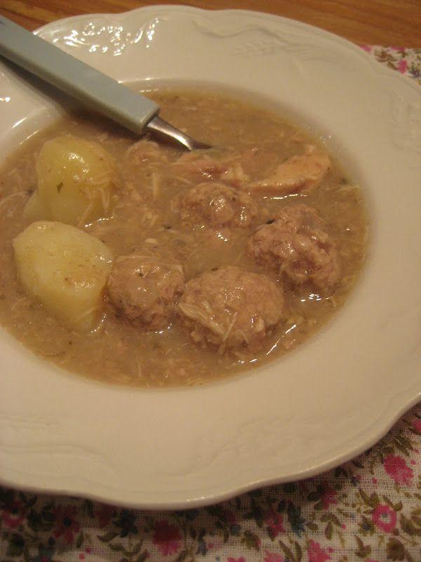 Marie est dans son assiette!: Ragoût de boulettes et de patte de porc du Québec à la mijoteuse en 2 étapes