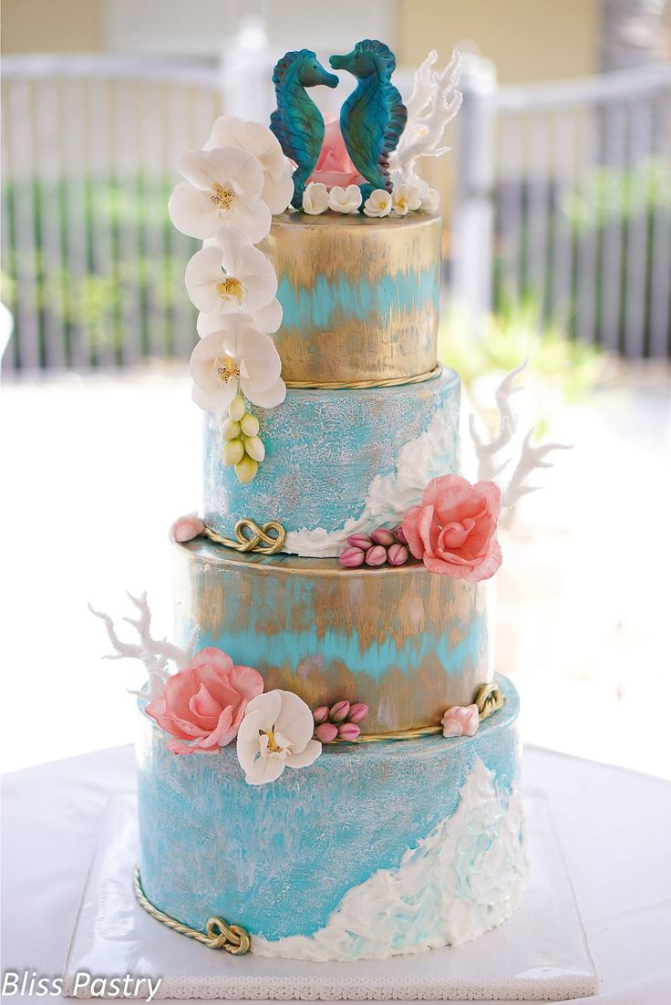 seaside wedding cakes 1000 ideas about tropical napkins on 19717