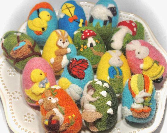 Easter Egg / Needle Felted Egg / Spring Ornament / Wool Felt