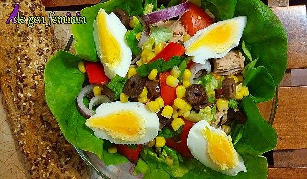 Salată verde cu ton și dressing de lămâie