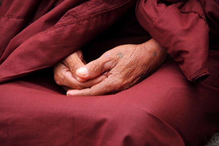 Müdigkeit bei der Meditation. Was tun gegen Müdigkeit? Was hilft schnell? Gegenmittel ✔ Praktische Tipps ✔ Häufige Ursachen ✔ Jetzt mehr erfahren +++