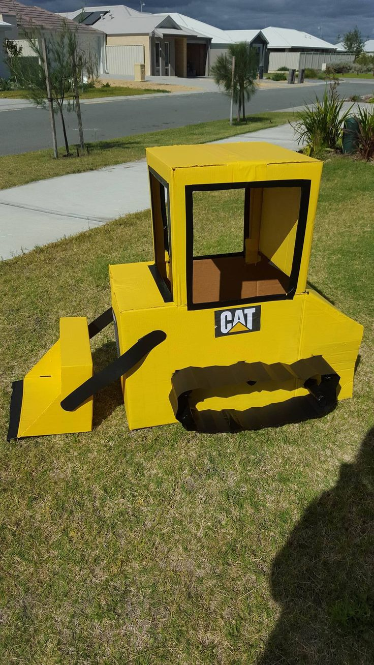 Check it out! Yellow Card Board Box Bulldozer