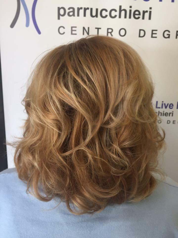 Semplicità, armonia e buon gusto ispirano il nostro stile! Degradè Biondo! #haircolor #hairstyle #hairfashion #wella #hairblonde #haircut #davines #sustenaiblebeautypartner #bcorp #centrodegradè #looklivefrancaparrucchieri #viadeimirti29 #ragusa