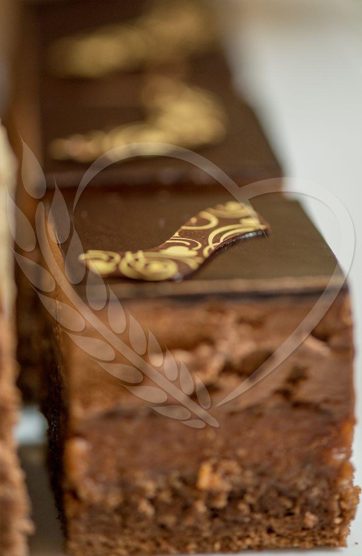 #chocolate #BunBun #cake #senneville #tasty #sweets #coolthings #goodfood #sweetfood #candybar #wedding #mousse #cream #weddingthemes #love #babyshower