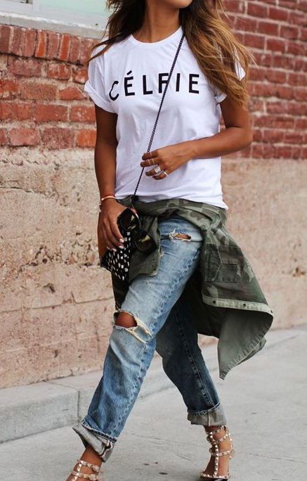 Destroyed boyfriend jeans, casual tee, camo button down