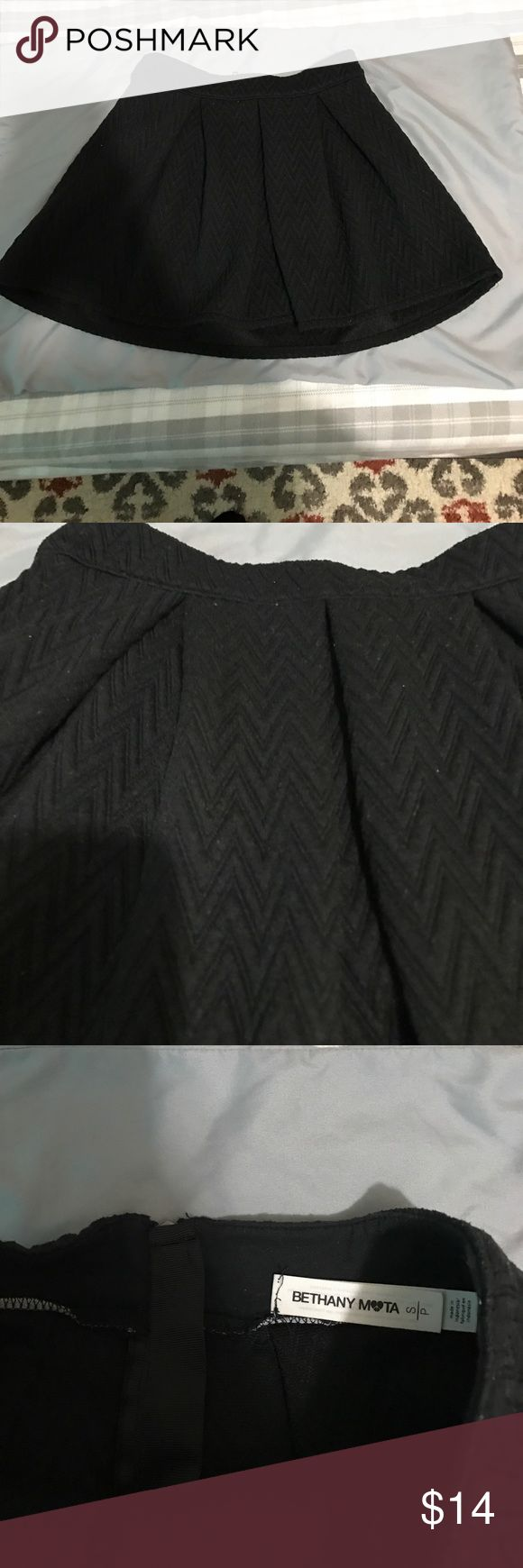 CUTE skater skirt I love this piece but is to small for me now, super soft material, chevron printed design. Smoke free home. bethany mota Skirts Circle & Skater
