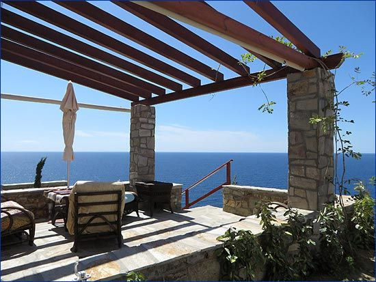 Information about Villa Nafkrati. Villas and Houses for Rent in Ikaria - Island Ikaria, Greece. Book your room direct with the owner and save! Get the best deal - Support Local Businesses