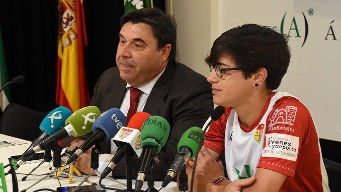 El Santa Teresa Badajoz presentaba este jueves el fichaje de Alba Merino (Guadiana del Caudillo, Badajoz, 15/05/1989).