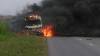 Así Somos: Camión se incendió en ruta 60