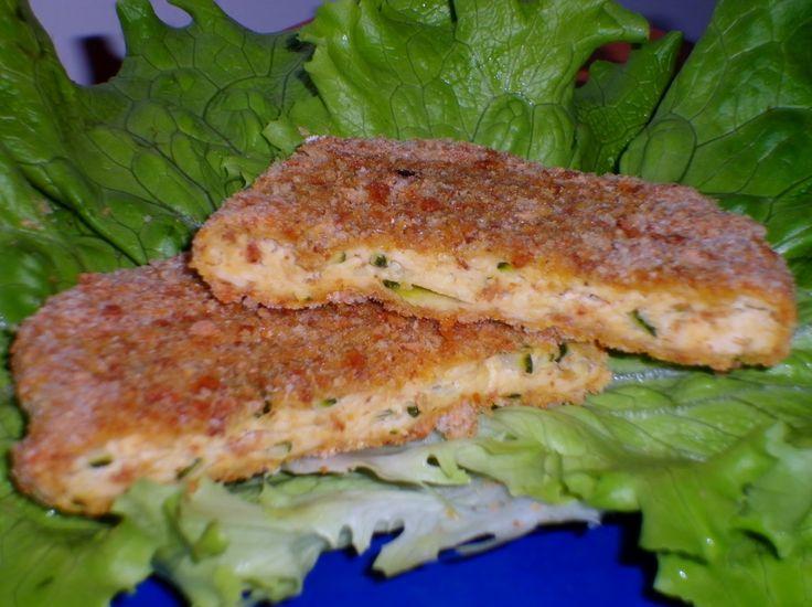 Ricetta delle cotolette di tofu con zucchine, secondo piatto vegetariano leggero e gustoso. Ricetta facile e veloce, ottima alternativa alla carne
