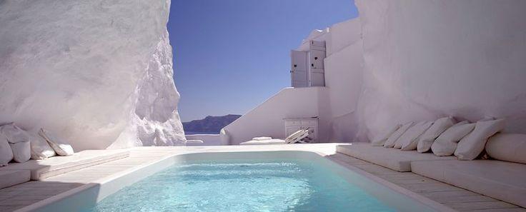 cave-pool-in-santorini-1