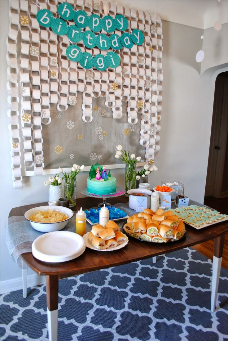 frozen birthday party frozen birthday party decorations and food ideas party ideas. Black Bedroom Furniture Sets. Home Design Ideas