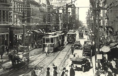 Toronto 1910, Yonge St looking north from King St