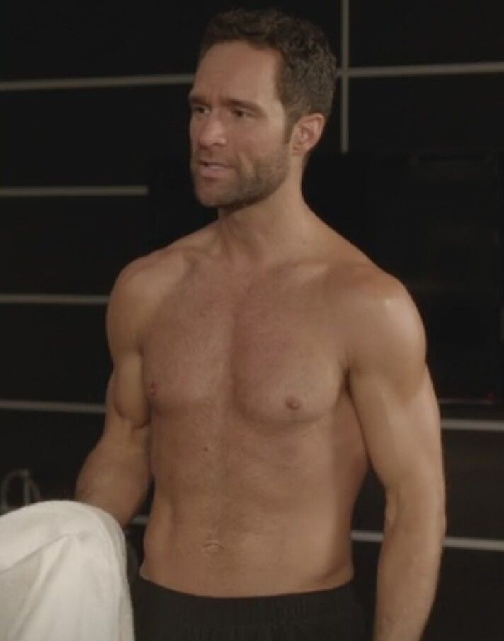 Chris Diamantopoulos, from Season 3 Episode 4 of Episodes