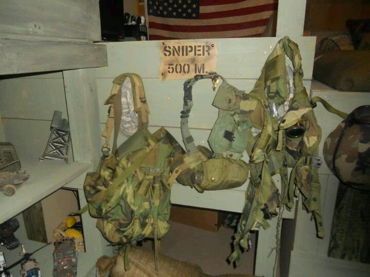 Another view of my son s military bedroom. The 25  best Military bedroom ideas on Pinterest   Boys army