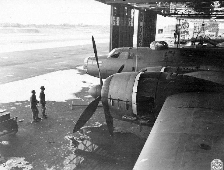 群馬県大泉町にあった中島飛行機小泉製作所で撮影された爆撃機「連山」=1945年10月(米国立公文書館所蔵、福林徹氏提供)