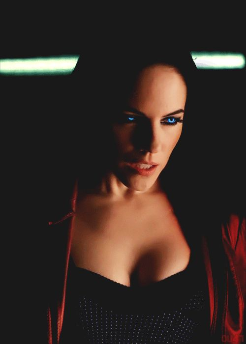 Anna Silk-Bo-Lost Girl