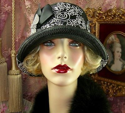 1920-039-S-VINTAGE-STYLE-BLACK-SILVER-EMBROIDERED-RHINESTONE-BOW-CLOCHE-FLAPPER-HAT