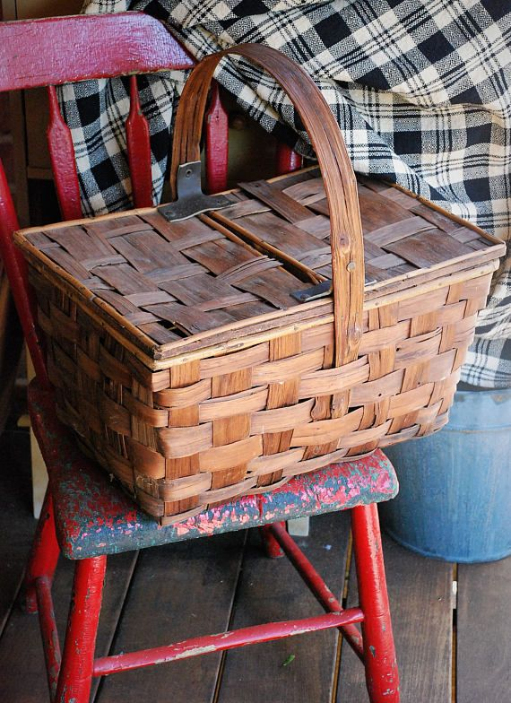 FREE SHIPPING Antique Bentwood Handle Picnic Basket Rare