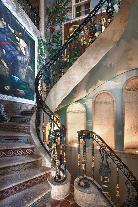 121 best versace mansion images on pinterest gianni for Versace pool design