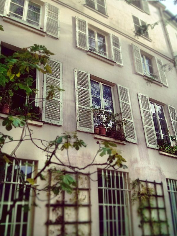 Paris-shots Tumblr http://paris-shots.tumblr.com/post/99979582828/paris-musee-delacroix-rue-de-furstenberg Paris-shots Deviantart http://paris-shots.deviantart.com/art/Paris-Musee-Delacroix-488398656