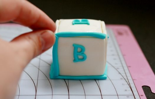 How to make baby block cake toppers other baby blocks for Alphabet blocks cake decoration