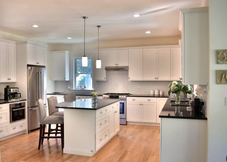 Project highlight this stunning new kitchen was designed by mary porzelt of boston kitchen designs