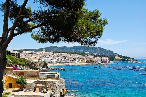 illusionwanderer:    Calella de Palafrugell by marin.tomic on Flickr.